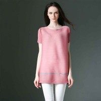 European leg of high-end international brand new style solid color long T-shirt fashion models, Ms. European market and the US market loose stitching simple shirt discount