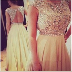 2015 new hand-beaded Rhinestone upscale toast clothing evening dress bridesmaid dress sexy dress chaired