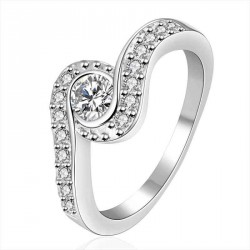 925 silver jewelry personalized diamond ring discounted European market and the US market lower selling prices of high-end jewelry Zircon