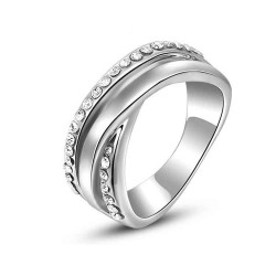 Europe and the United States market selling jewelry discount jewelry quality products market in Europe and the United States diamond crystal platinum double oblique cross Ring