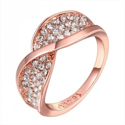 Crystal jewelry inlaid rings in Europe and the US market rose gold ring discounted low prices fast delivery