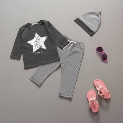 Fast shipping promotion low price children's clothing for boys and girls spring and cotton five-pointed star pattern star baby Pyjamas suit