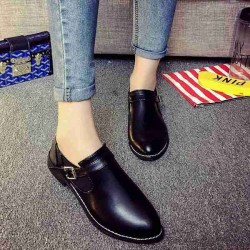 Autumn new models retro British style casual shoes popular Ms. Ms. Ms. pointed shoes casual shoes wind