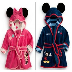 Fast shipping low price hot selling children's clothing, boys and girls cartoon hooded bathrobe cartoon pattern hot sales promotion