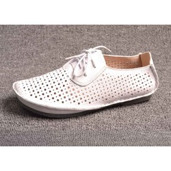 Autumn new style leather shoes brand ladies white lace holes soft bottom dew instep shoes Ms. fast delivery
