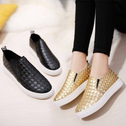 European Grand Prix in early spring 2017 new style knitting flat casual loafers lady casual leisure shoes