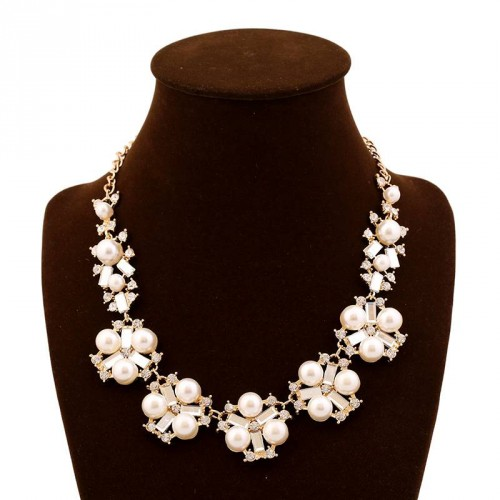 Promotional selling good quality new models in Europe and the US market fashion pearl inlaid gemstone necklace