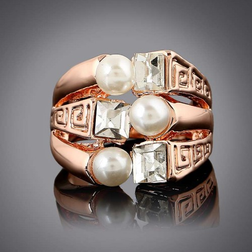 Low price selling fashion popular jewelry inlaid pearl ring hollow ring fast delivery