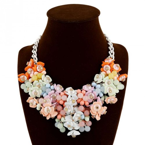 European market and the US market fashion color small floral necklace exaggerated accessories clavicle chain necklace Ms. discounts