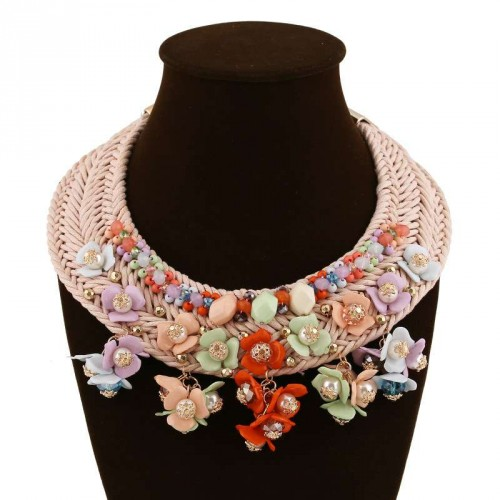 Fashion Europe and the United States market popular colored gemstone crystal pearl tassels flower shape cotton rope braided cotton rope necklace clavicle short style
