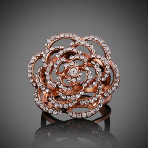 European market and the US market exaggerated fashion jewelry lady rose gold jewelry inlaid diamond rose ring hollow low price good quality