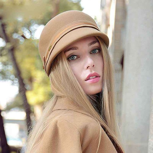 Popular in Europe and the United States market cap wool material hats and caps knight riding hat fashion hat ladies autumn and winter new style