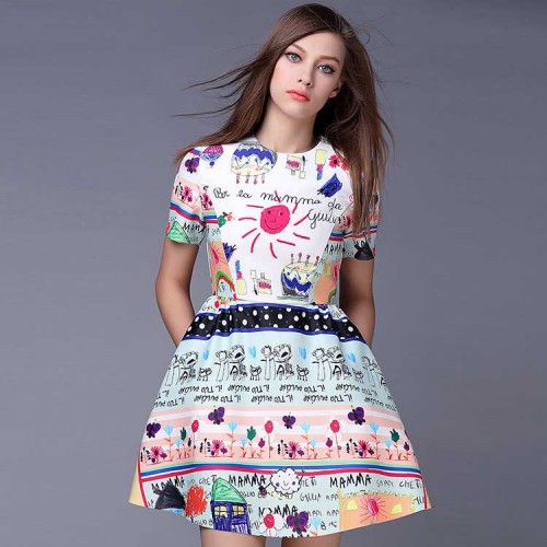 The shape of the new spring and summer short-sleeved models in Europe and the US market fashion A-shaped Slim slim irregular dress prints crayons