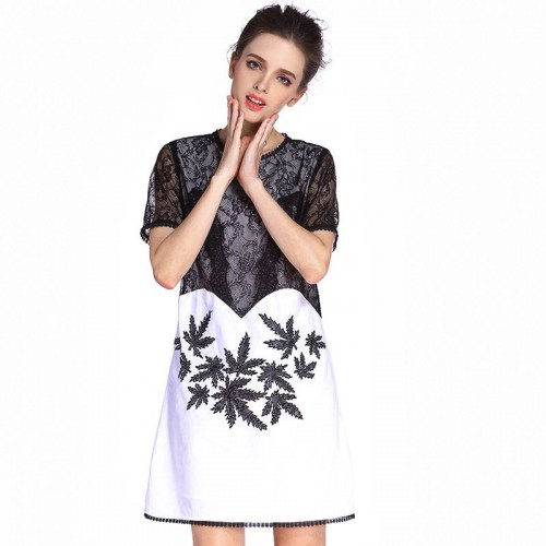 Retro summer dress new models in Europe and the US market fashion lace stitching round neck short sleeve shirt embroidered A-shape shape