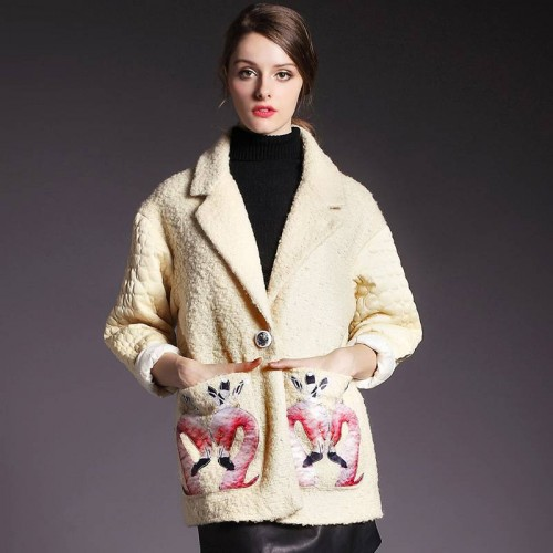 Autumn and winter new models in Europe and the US market mosaic fashion style suit collar long coat swan flower pattern