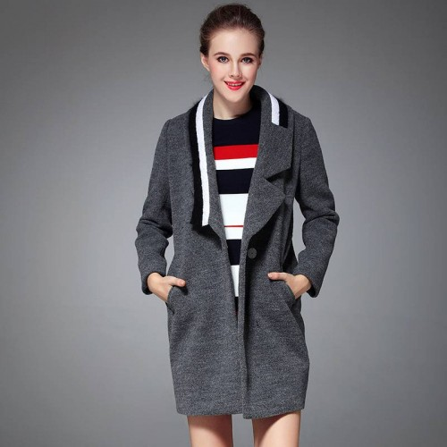 The new autumn and winter models lambs wool stitching collar long style coat