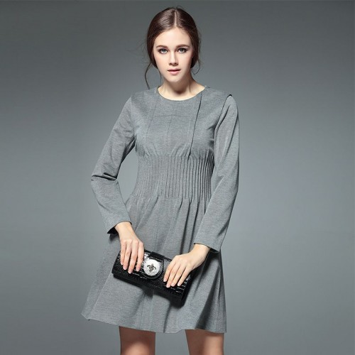 The shape of the new models fall and winter in Europe and the US market fashion waist long-sleeved round neck folds Slim slim A-shaped skirt dress bottoming