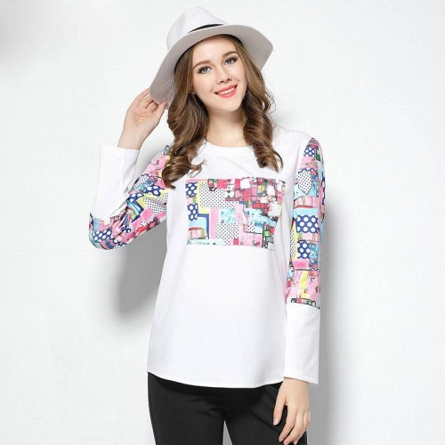 2017 spring new models large size women's round neck T-shirt printing Ms. overweight Ms. Slim Slim long-sleeved sweater