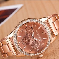 Couple & #039;S Round Dial Case Alloy Watch Brand Fashion Quartz Watch(More Color Available)