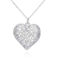 Hollow pattern silver jewelry lovers jewelry pendant ornaments European market and the US market lower prices Heart Pendant discounts