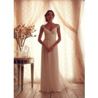 New style white wedding custom low discount prices on both sides of the V-collar shoulder chiffon dress toast clothing costumes