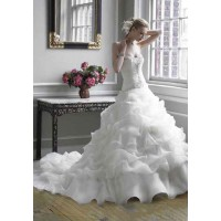 Long European market and the US market a new low price wedding dress style tail white wedding custom high-end markets in Europe and the United States market promotion