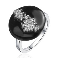 Popular black sexy temptation of high-quality products and jewelry inlaid zircon fashion European market and the US market ring