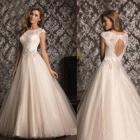 High-end handmade custom wedding fashion discount sales in Europe and the United States market new models lace wedding dress bride