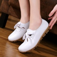 The new style flat fast shipping season with the ladies shoes student shoes sweet bow leather leather material fashion ladies' shoes