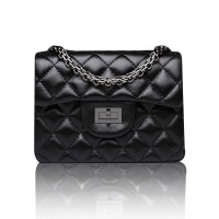 The new European market and the US market big sheepskin popular cosmetic diamond chain bag shoulder bag oblique