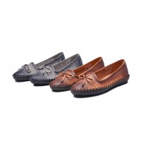 The new personalized style handmade leather shoes hollow round casual shoes promotional support discounts