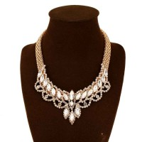 The new style of jewelry in Europe and the US market lower prices knit fashion rhinestone claw chain necklace sweater chain ossicular chain