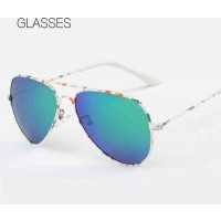 588 children's sunglasses new style polarized sunglasses yurt classic colorful sunglasses discount