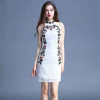 High-end fashion embroidery dress Europe station summer new style embroidery Europe and the United States market package hip skirt discount