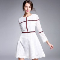 Spring and Autumn new fresh and romantic style white lace dress long-sleeved lace dress slim waist webbing Ms.