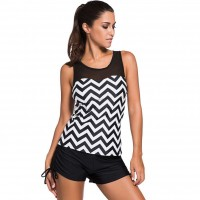 Swimwear tops the European market and the US market corrugated black and white swimsuit beach party with a chest pad round neck halter simple 41970
