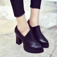 Crude promotional discount British style autumn section of thick heel fashion shoes with high heels bare ankle boots side zipper ladies shoes in high heels