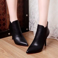 16 new autumn and winter leather Ms. Martin boots pointed British style minimalist zipper in the back black boots with heels fine sub