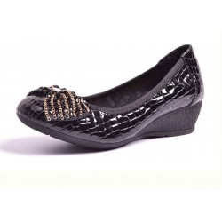 Discount autumn new style leather ladies' shoes brand fashion women mature light light mother bow shoes dancing shoes