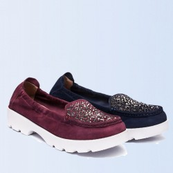 Autumn new style fashion leisure shallow mouth lady leather shoes comfortable non-slip soft bottom shoes Ms.