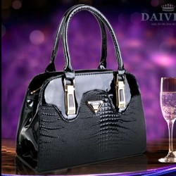 2016 new handbag ladies bag ladies bag brand new wild crocodile pattern mobile platinum package