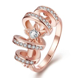 Creative personality alloy ring discounted global selling high-end jewelry inlaid gold-plated Zircon Ring Accessories