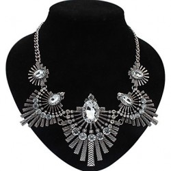 Beishiqi Women & #039;S Statement Ethical Style Vintage Gem Necklace