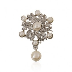 Imitation Pearls/Alloy/Rhinestone Brooch /Women Wreath Brooch Wedding/Party 1Pc
