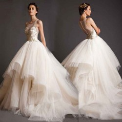 Bridal winter new models Slim straight lines shaped shoulder the European market and the US market style luxury diamond long tail Wedding