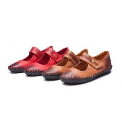 The new promotional style leather shoes autumn paragraph shallow mouth round comfort shoes fast delivery