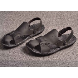 Men's summer new models men's casual leather sandals Baotou sandals and slippers beach shoes low price discount