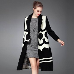 Autumn and winter new models in Europe and the United States market positioning printed fashion long style temperament all matching wool overcoat material
